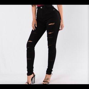 Black high waisted jeans: fashion nova